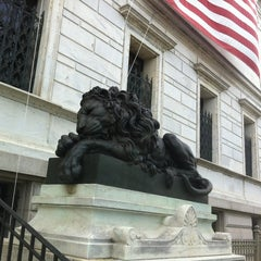 Photo taken at Corcoran Gallery of Art by Amie Z. on 8/3/2012