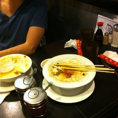 Photo taken at Ivy Noodle by Azad J. on 4/25/2012