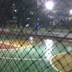 Photo taken at Grand Futsal Kuningan by Shofyan 🐝 on 7/11/2012