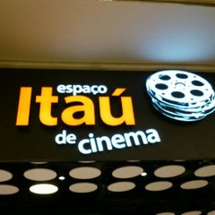 Photo taken at Espaço Itaú de Cinema by Flavio V. on 7/21/2012
