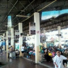 Photo taken at สถานีขนส่งผู้โดยสารจังหวัดลําปาง (Lampang Bus Terminal) by nukoun &. on 7/15/2012