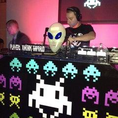 Photo taken at Splash Ultra Lounge by Alejandro O. on 5/13/2012