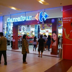 Photo taken at Transmart Carrefour by erick g. on 3/1/2012