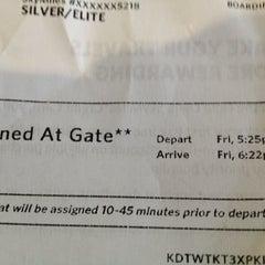 Photo taken at Gate B19 by umesan on 9/7/2012