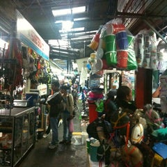Photo taken at Mercado de la Coca-Cola by Joanne N. on 7/28/2012