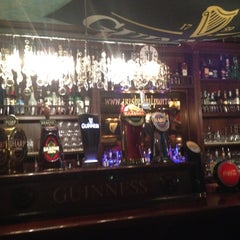 Photo taken at Il Punto Irish Pub by Carlo N. on 4/29/2012