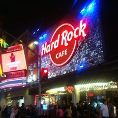 Photo taken at Hard Rock Cafe Hollywood by Alexey V. on 5/13/2012