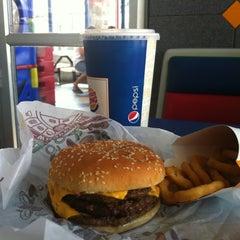 Photo taken at Burger King by Matias B. on 2/15/2012