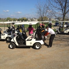 Photo taken at Mill Creek Golf Club by Lorena NENA P. on 3/25/2012