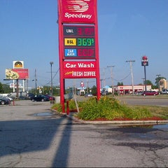 Photo taken at Speedway by Noel H. on 6/29/2012