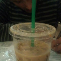 Photo taken at Starbucks by maybe y. on 2/14/2012