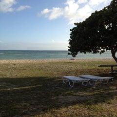 Photo taken at Nimitz Beach Cottages by Rana Lynn K. on 2/20/2012