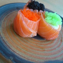 Photo taken at Sushi Tei by Aviola Z. on 4/6/2012