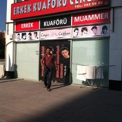 Photo taken at Erkek Kuaförü Cengiz by Hakan İ. on 7/26/2012