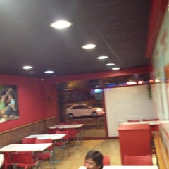 Photo taken at Telepizza by Alfredo A. on 5/5/2012