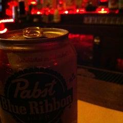 Photo taken at Iggy's Keltic Lounge by Matthew H. on 6/12/2012