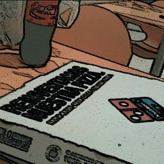 Photo taken at Dominos pizza cuautitlan by Jehosabeat on 8/9/2012