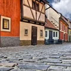 Photo taken at Zlatá ulička | The Golden Lane by VacazionaViajes on 9/3/2012