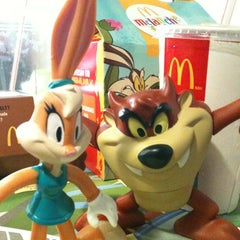 Photo taken at McDonald's by Anne R. on 2/17/2012