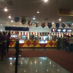 Photo taken at Cines Unidos by Juan R. on 7/6/2012