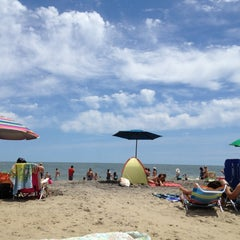 Photo taken at Dagsworthy St. Beach by Joanne G. on 7/22/2012