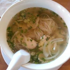 Photo taken at 9021Pho by Peter C. on 8/14/2012
