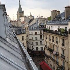 Photo prise au Hôtel Europe Saint Séverin par Santiago C. le7/27/2012