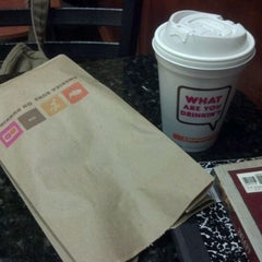Photo taken at Dunkin' Donuts by Jan I. on 2/17/2012
