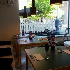 Photo taken at Sushibar + Wine by Johanna K. on 6/21/2012