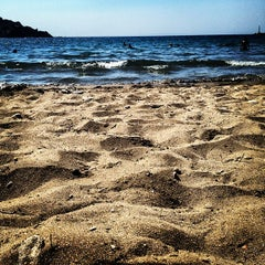 Photo taken at Παραλία Κινίου (Kini Beach) by George K. on 8/17/2012
