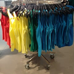 Photo taken at H&M by Briya L. on 3/16/2012