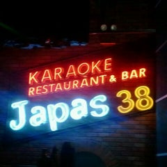 Photo taken at Japas 38 by Norman P. on 2/16/2012