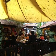 Photo taken at Quán Ăn Ngon by Arni T. on 3/4/2012