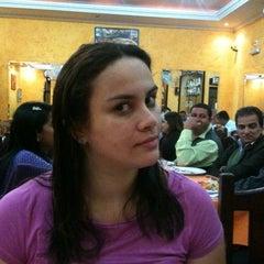 Photo taken at Pizzaria Rainha do Parque by Fabiana G. on 5/21/2012