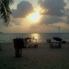 Photo taken at Patong Beach Lodge Phuket by Friday B. on 3/31/2012