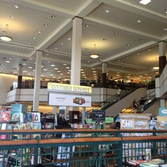 Photo taken at Barnes & Noble by Mary P. on 6/16/2012