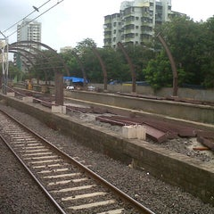 Photo taken at Jogeshwari Railway Station by Mihir S. on 7/7/2012