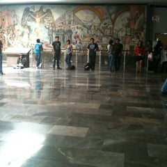 Photo taken at Metro Universidad (Línea 3) by Selene F. on 9/5/2012