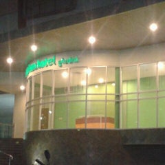 Photo taken at Glodok Plaza by wahid s. on 5/24/2012