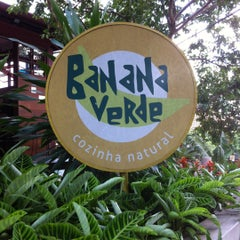 Photo taken at Banana Verde by João Henrique O. on 3/8/2012