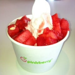 Photo taken at Pinkberry by C H. on 6/7/2012
