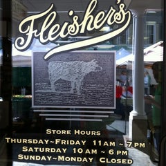 Photo taken at Fleisher's Grass-Fed and Organic Meats by Mat Z. on 8/18/2012