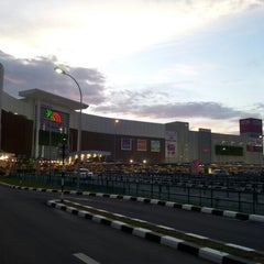 Photo taken at AEON Ipoh Station 18 Shopping Centre by Syazwan Z. on 7/19/2012