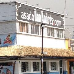 Photo taken at Andrés Cara de Res by Mario G. on 8/25/2012