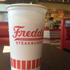 Photo taken at Freddy's Frozen Custard & Steakburgers by Derek N. on 2/16/2012