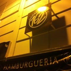 Foto tirada no(a) Hamburgueria 162 por Felipe D. em 3/9/2012