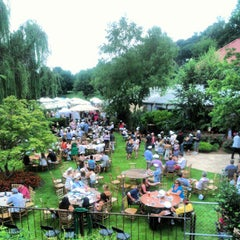 Photo taken at Park Tavern by Fadi Malouf on 8/18/2012