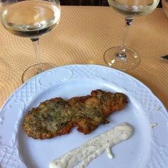 Foto tomada en Bar Restaurante El Telescopio por Carmina R. el 8/18/2012
