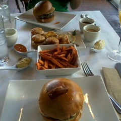 Photo taken at Umami Burger by Elsa H. on 6/8/2012