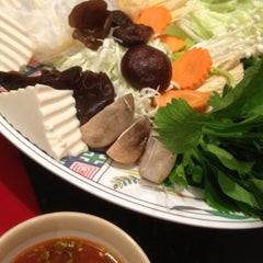 Photo taken at MK (เอ็มเค) by Juicy J. on 6/29/2012
